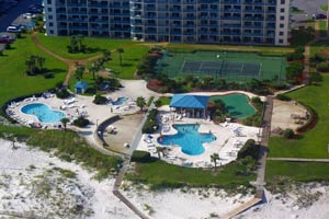 2 Pools, Hot Tub & Tennis Courts adjacent to condo